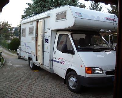 Challenger_180_2 - Vista esterna del veicolo usato di proprietà del cliente, su cui è stato installato il sistema easyRail.