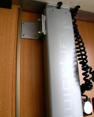 Quicklift-RimorKatamarano5-6 - Particolare Attuatore