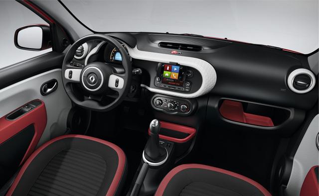 Renault_twingo_int_0